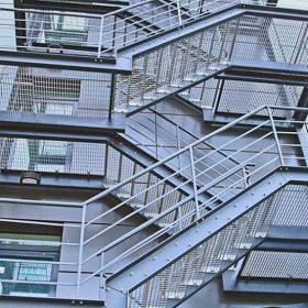 Acil Kaçış Merdiveni