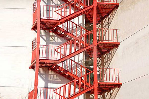 Çelik Acil Kaçış Merdiveni