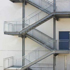 Çelik İtfaiyeci Merdiveni
