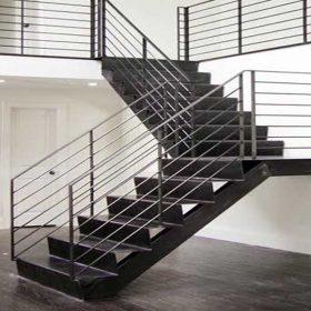Z Tipi Çelik Merdiven